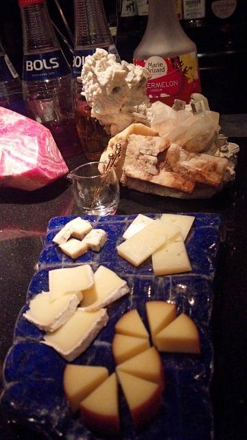 チーズオンラピスラズリ
